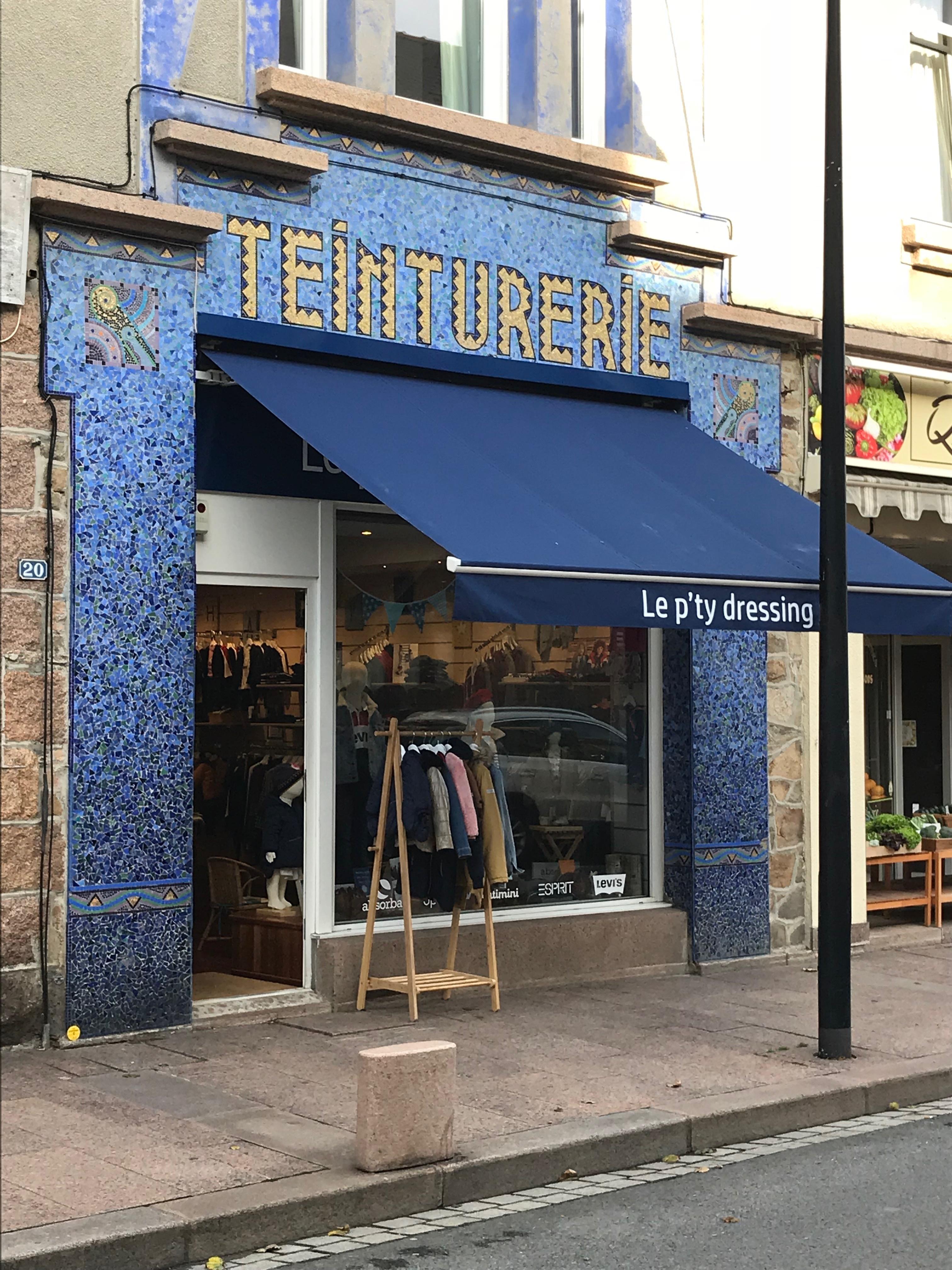 professionnel de la vente à chaud la moitié grand assortiment Les boutiques mode et accessoires,couture - Les Vitrines du ...